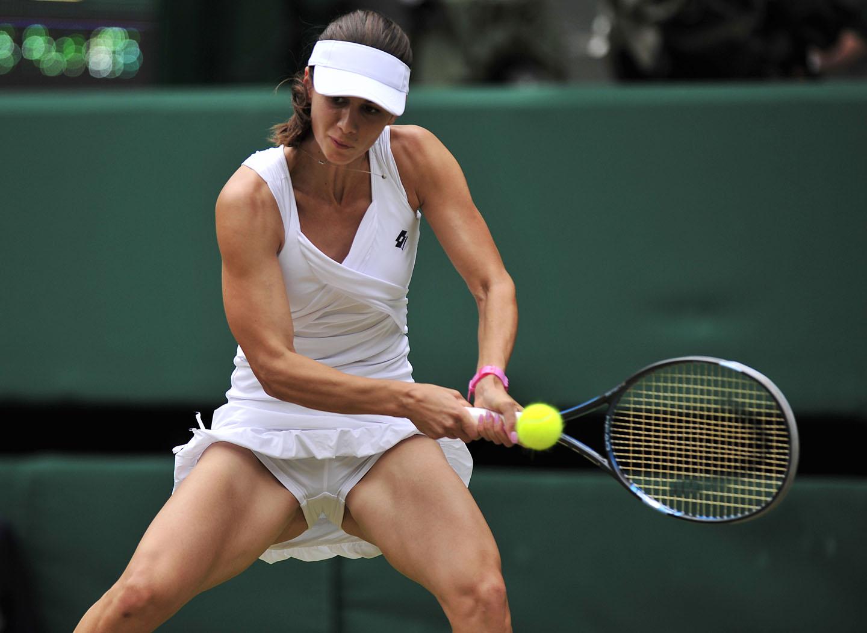 La hermosa Tsvetana Pironkova será tu nueva tenista favorita (fotos)