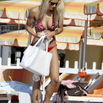 Michelle_Hunziker_bikini_on_the_beach (3)