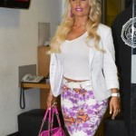coco-austin-at-radio-1-studios-in-london-01-435x580