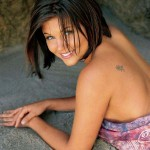 tiffani-amber-thiessen-13