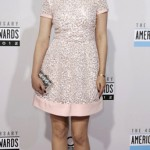 Ginnifer Goodwin arrives at the 40th American Music Awards in Los Angeles