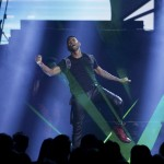 Usher performs a medley of songs at the 40th American Music Awards in Los Angeles