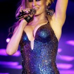 Carmen Electra Performs (2)