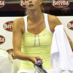 maria-sharapova-tennis-upskirt-at-forum-of-assago-in-milan-04-675x900
