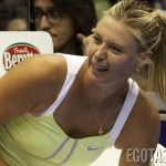 maria-sharapova-tennis-upskirt-at-forum-of-assago-in-milan-06-900x675