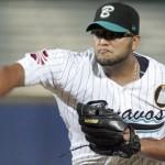 Yusmeiro permitió apenas tres hits en ocho excelentes entradas para guiar triunfo de Bravos en caracas.
