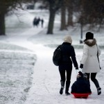 BRITAIN-WEATHER-SNOW