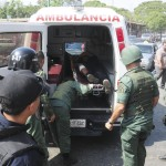 At least 25 dead and 50 injured in Venezuelan prisons after an inspection led by authorities to relatives and inmates