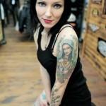 201301_chicas-sexys-con-tatuajes-4-51
