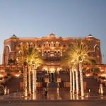 800px-Emirates_Palace-Abu_Dhabi3779