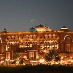 800px-Emirates_Palace-Abu_Dhabi3815