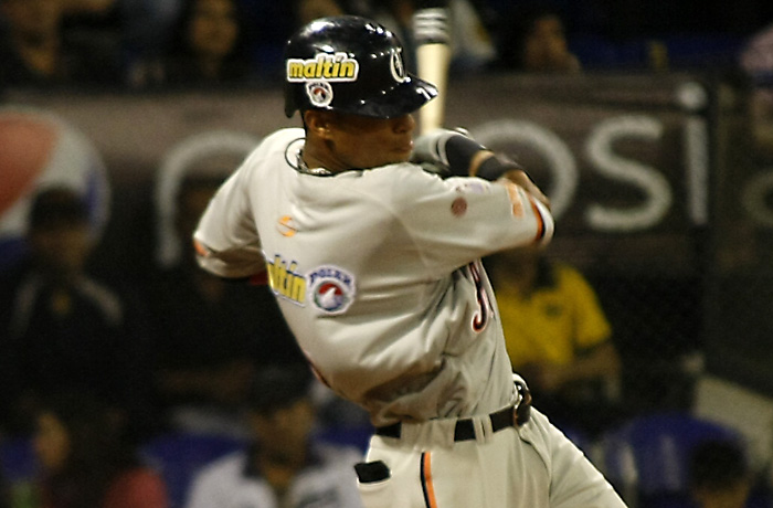 Gorkys fue el campeón de bateo de la temporada regular con promedio de 372 y líder en hits con 84 para guiar a los Caribes .