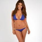 Kourtney-Kardashian-bikinin (1)