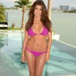 Kourtney-Kardashian-bikinin (10)