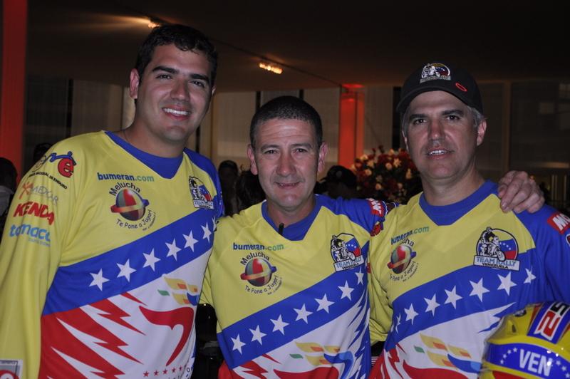NICO CARDONA, GUSTAVO QUERALES Y RAFAEL ERASO ARRANCARON EL DAKAR 2013