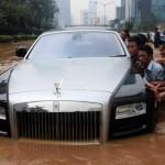 Rolls-Royce-Ghost-inundado (4)