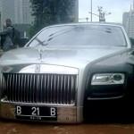 Rolls-Royce-Ghost-inundado (8)