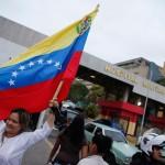 2013-02-18T123247Z_1651441893_GM1E92I1KZ601_RTRMADP_3_VENEZUELA-CHAVEZ