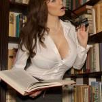 JordanCarver-bibliotecaria (1)