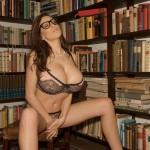 JordanCarver-bibliotecaria (15)