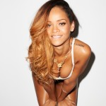 Rihanna-OUT-RS (5)