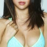 Selena_Gomez_Bikini_Spring_Breakers007