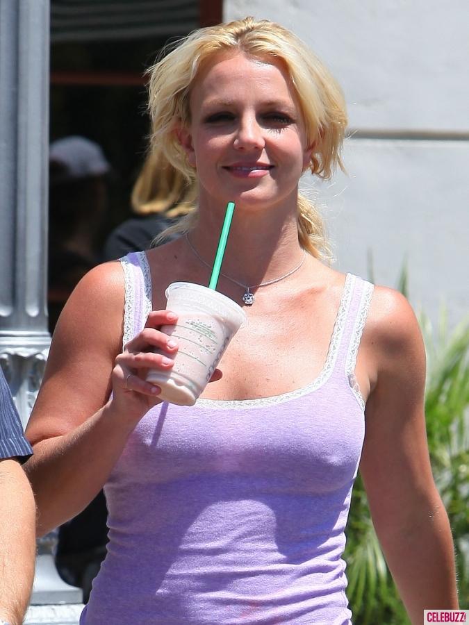 Spears-no-bra-1.jpg