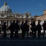 VATICAN-POPE-VOTE-SISTINE-SMOKE-CHIMNEY