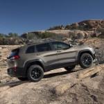 2014-Jeep-Cherokee-NY69[2]