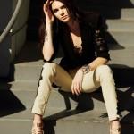 Kendall_Jenner_Harper_s_Bazaar_Arabia_April_2013_07