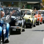 GERMANY-TOURISM-BERLIN-SIGHTSEEING-VW-BEETLE-TOUR