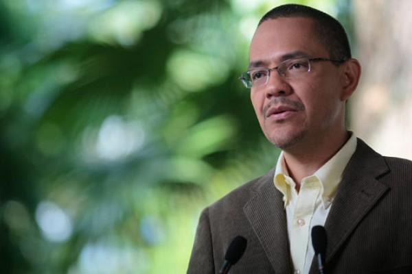 Designan a Ernesto Villegas comisionado de la Gran Caracas