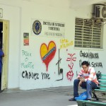 QUITARON PARTES DE LOS GRAFFITI EN LA UCV 5