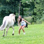 Animals-attacking-women26