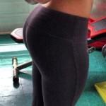 Hot-girls-in-Yoga-Pants-14