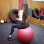 Hot-girls-in-Yoga-Pants-21