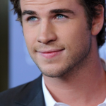 Liam-Hemsworth-550x359