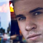 Liam-Hemsworth-Opinion-Celebrity-Blinds-Reflection-315x851