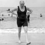 Winston Churchill en la playa
