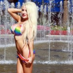 Courtney Stodden bikini gay pride (1)