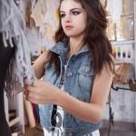 Selena-GomezAdidasNEO (1)