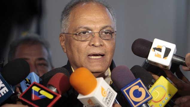 Vicente Bello, representante de la oposición ante el CNE // Foto: Archivo