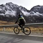 BOLIVIA-BIKING-DEATH ROAD