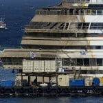 ITALY-SHIPPING-TOURISM-DISASTER-SALVAGE