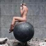 MileyNaked (7)
