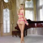 Natalie-Morris-Dreamgirl-lingerie-4