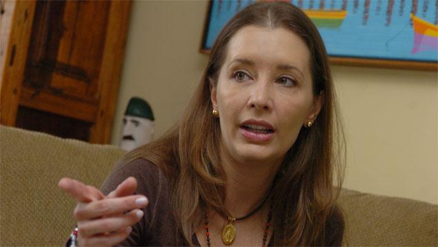 Bony Simonovis: Mi esposo tardará bastante en recuperarse