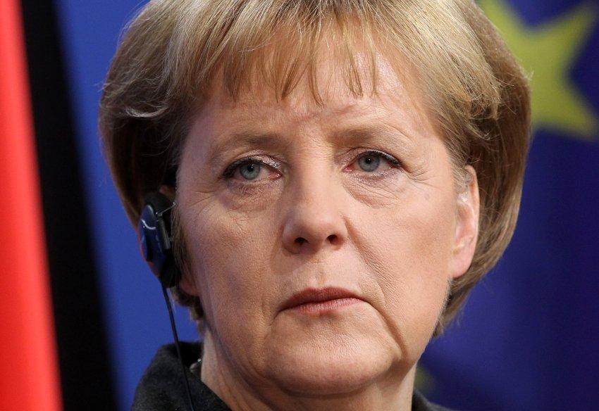 ESTADOS UNIDOS CREÓ A AL QAEDA, Y PAGA PARA QUE LE HAGAN EL TRABAJO - Página 9 Merkel