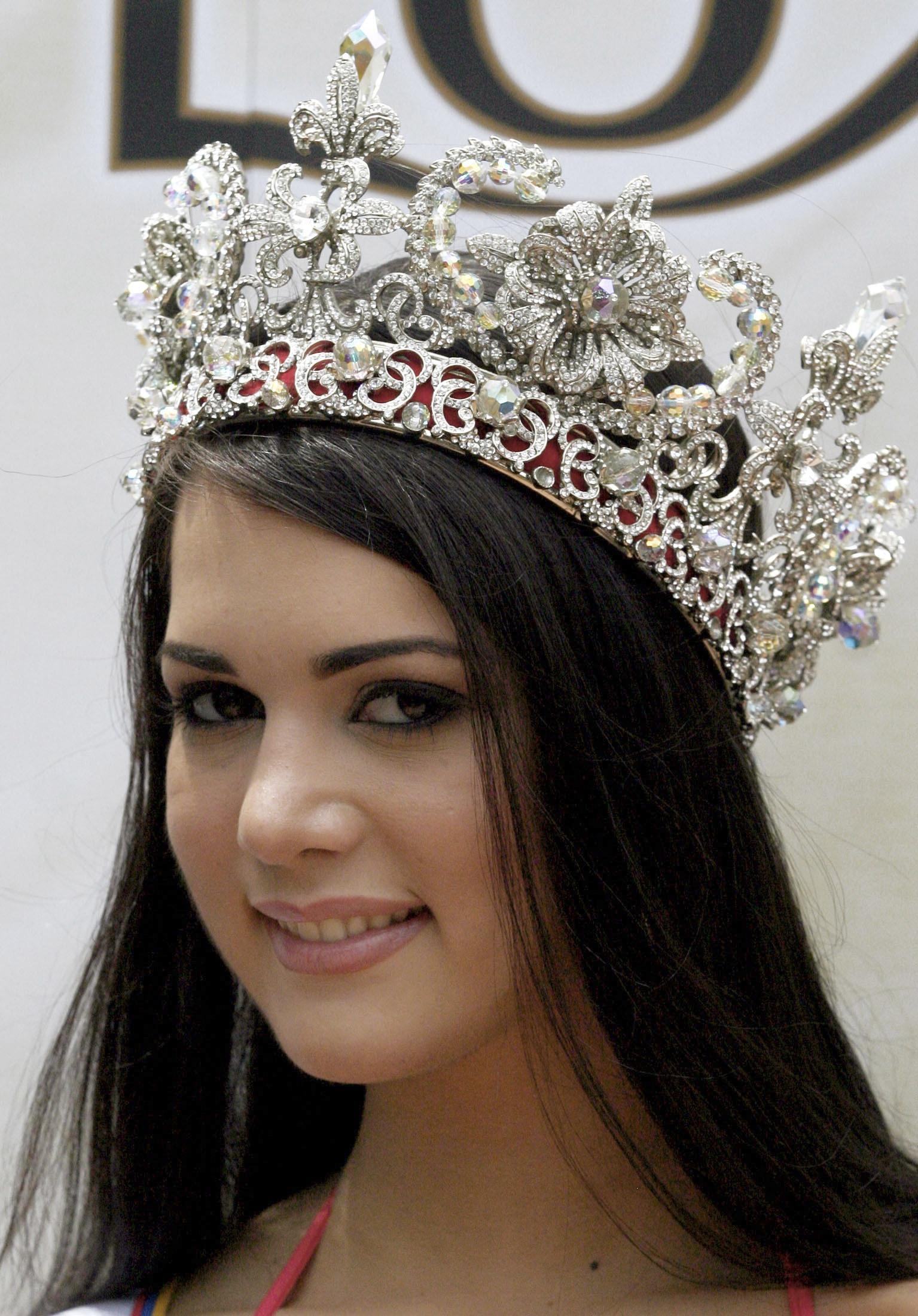 Mónica Spear en el certamen Miss Universo 2005 (Fotos)