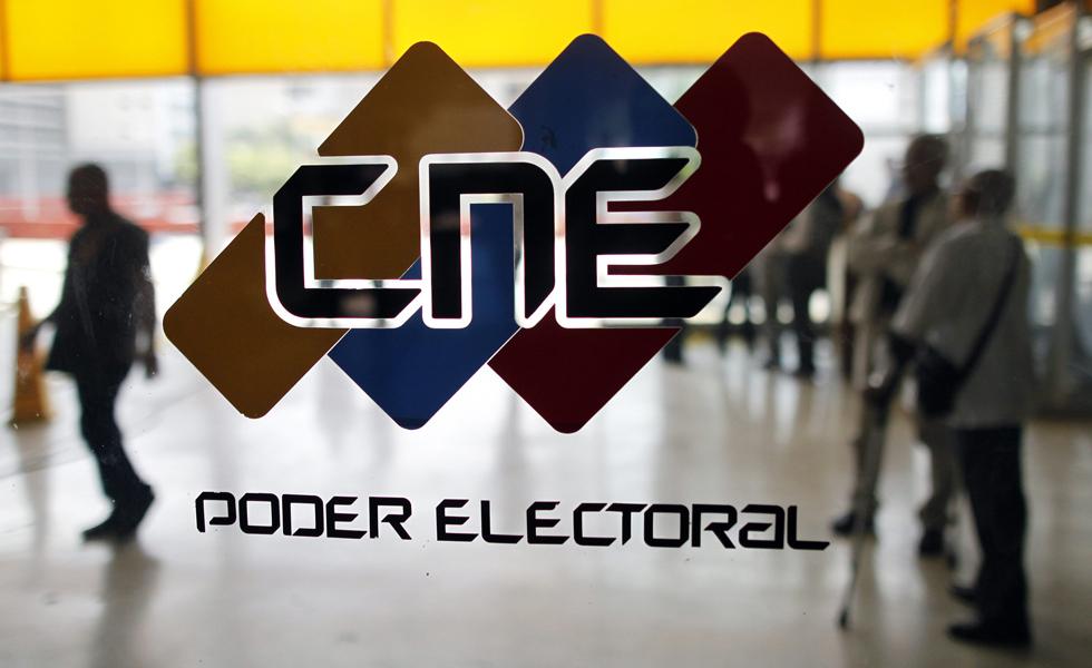 Sólo inscritos en el CNE hasta diciembre podrán votar en primarias